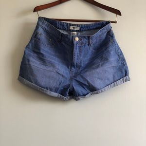 Over sized fit Denim shorts